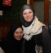 أطفال بريطانيون يعتنقون الإسلام